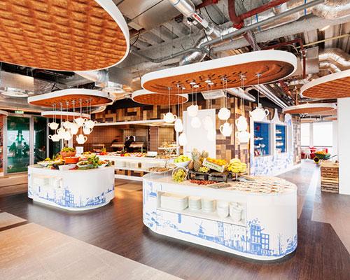 D/DOCK为 谷歌 阿姆斯特丹的车库办公室设计加入荷兰经典元素
