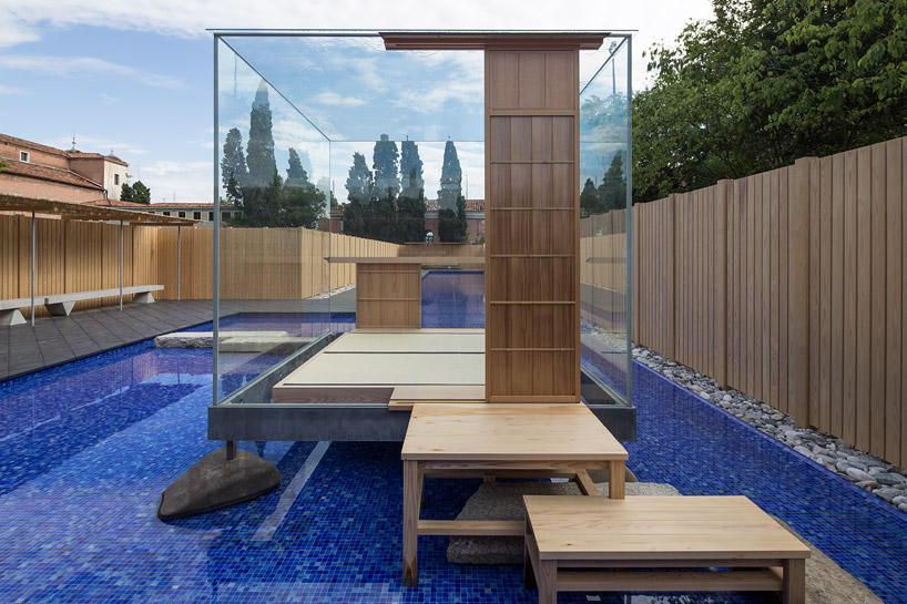 glass-tea-house-pavilion-by-hiroshi-sugimoto-designboom-02