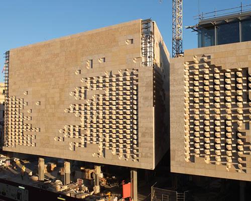 伦佐·皮亚诺建筑工作室为马尔他瓦莱塔城门穿上宏伟的石质外衣