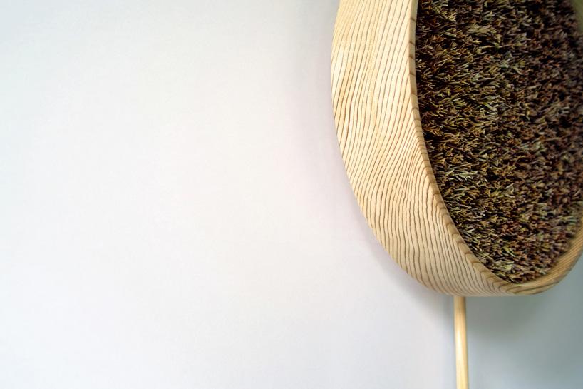 bril-coniferous-clock-sugidama-sake-designboom-04