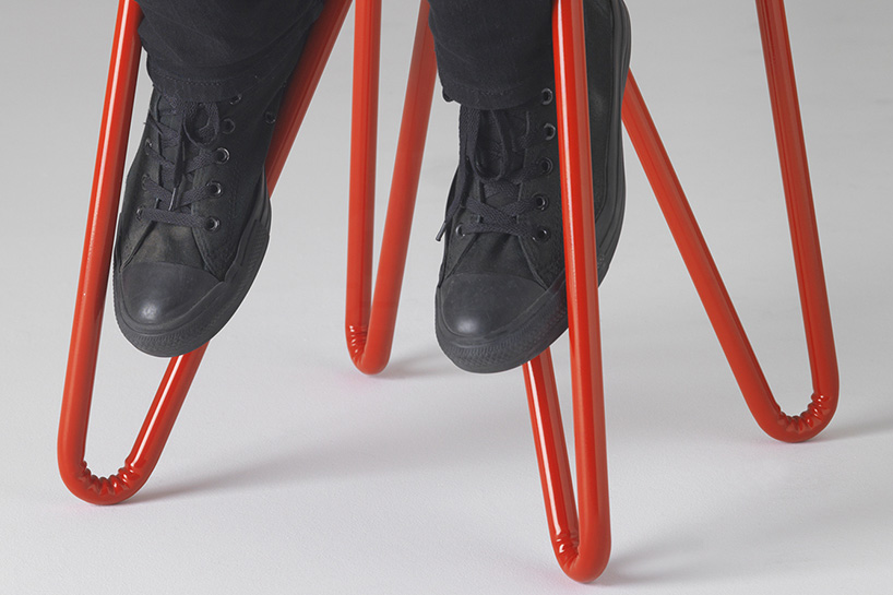 clark-bardsley-wrinkled-steel-tube-furniture-new-zealand-designboom-11