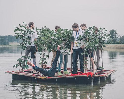 1:1工作室搭建建筑 漂流船 ,并接受两天真实的漂流挑战
