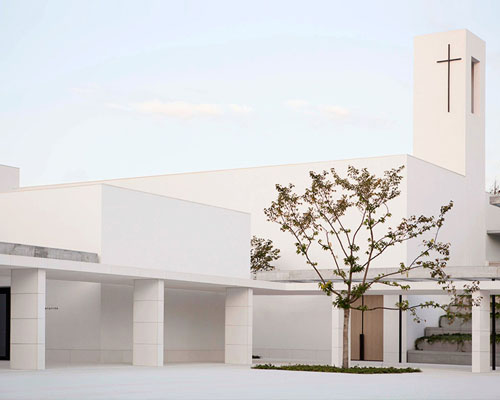 ELSA URQIUJO建筑事务所完成了在西班牙北部的 PADRE RUBINOS 教堂设计