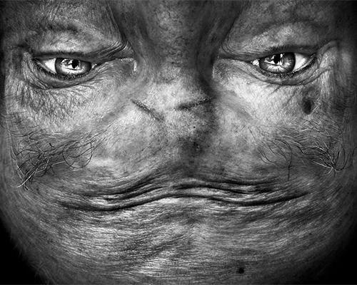 面孔 倒置把人类变成了外星生物