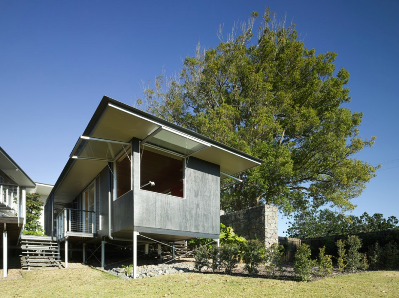 glass house mountain house-designboom-15