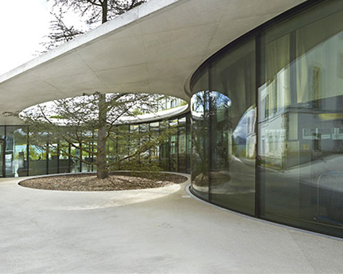 Group8建筑事务所设计的法国红十字国际委员会访客中心