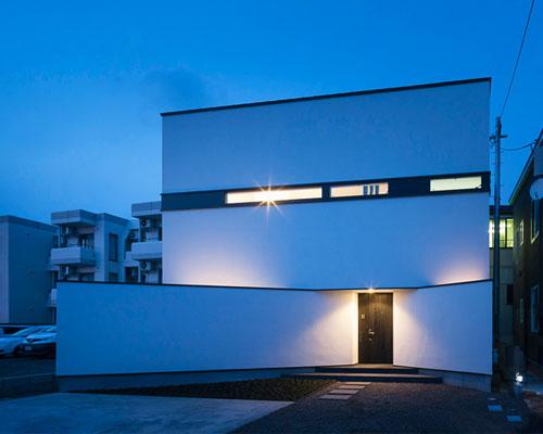 石川淳设计的为住户提供隐私保护的箱型住宅6号