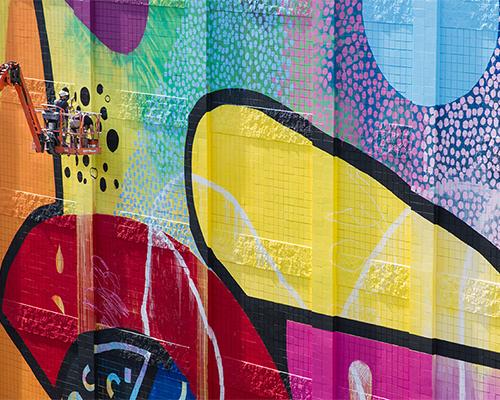 HENSE在底特律麦迪逊剧院创作的壁画