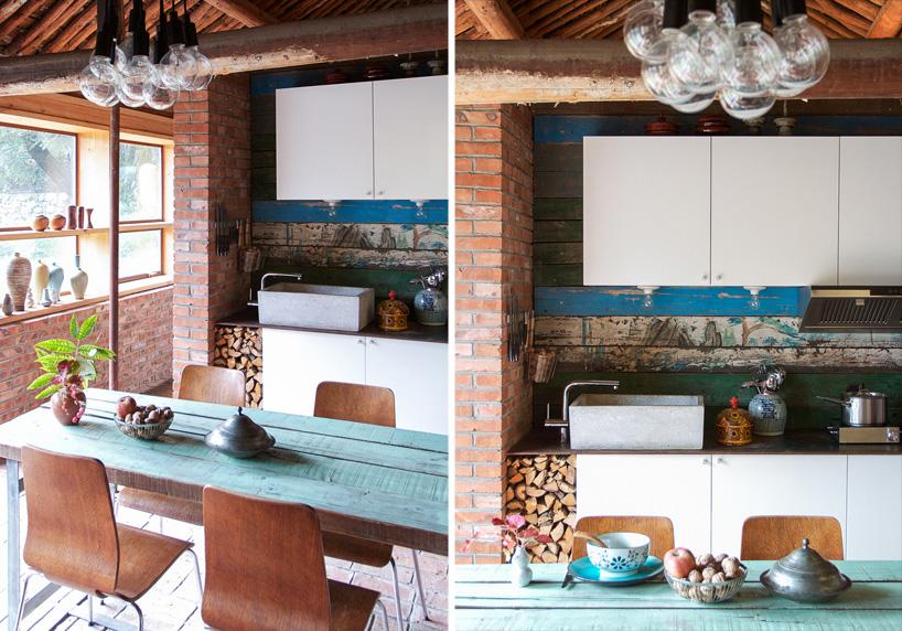 """""""在这个农村小屋的设计施工中,我们的目的是想尽量保留它原本粗犷"""