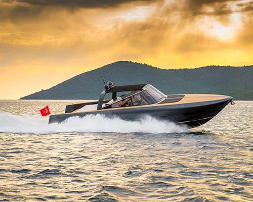 福斯特建筑事务所 与阿伦游艇携手打造68英尺豪华机动游艇
