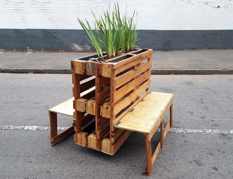 r1-interlocking-mobile-benches-wooden-pallets-johannesburg-designboom-04