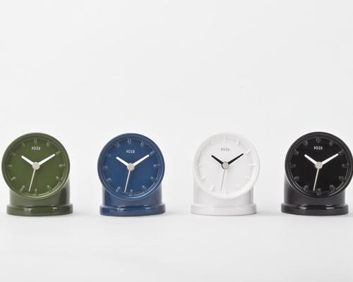 bellotto设计的 台钟 突出了工业产品的简洁大方