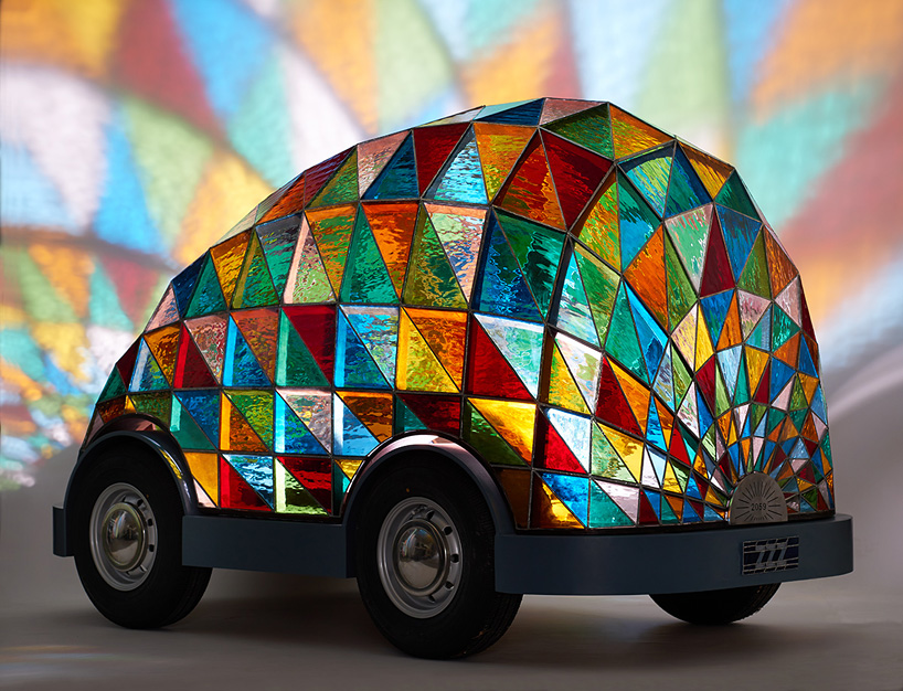 stained-glass-car-dominic-wilcox-designboom-02