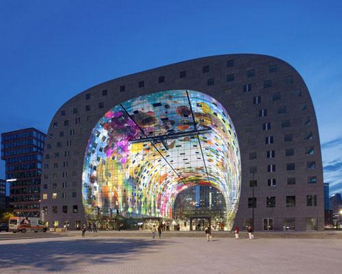 markthal 大型拱廊市场在鹿特丹举行开幕式