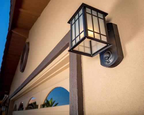 """""""库纳""""安全防护门灯:它的作用不只是一盏普通室外门灯,同样是可靠的智能安防系统"""