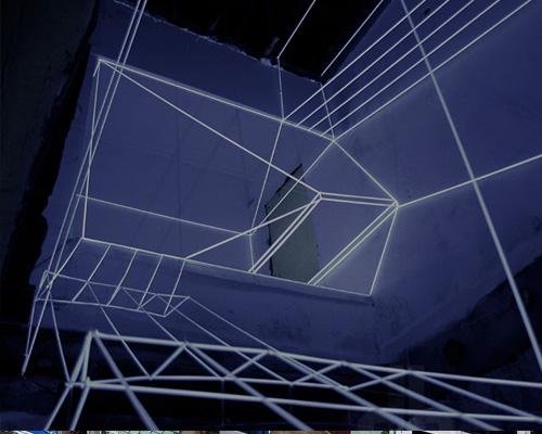 隐藏灯光照亮北京大栅栏胡同框架—— reMIX 工作室