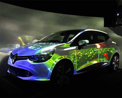 """雷诺 汽车公司的""""触感""""映射投影与Lutecia车型相得映彰"""