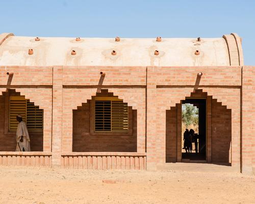 LEVS建筑事务所在设计桶形拱构成的马里 小学