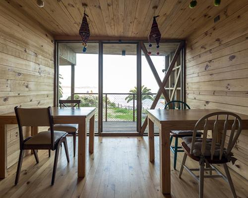建筑师Rudolphy和Soffia重新检查Ritoque 酒店 的设计过程