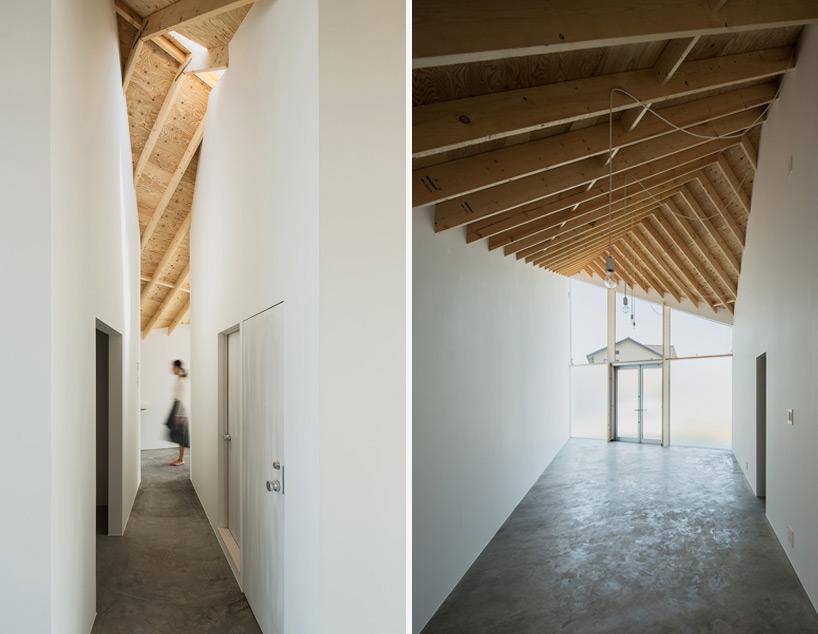 这个住宅是为一对艺术家夫妻设计的,兼具画室和居住功能.