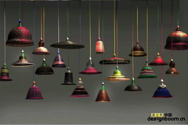 alvaro catalan de ocon设计的PET bottle灯具