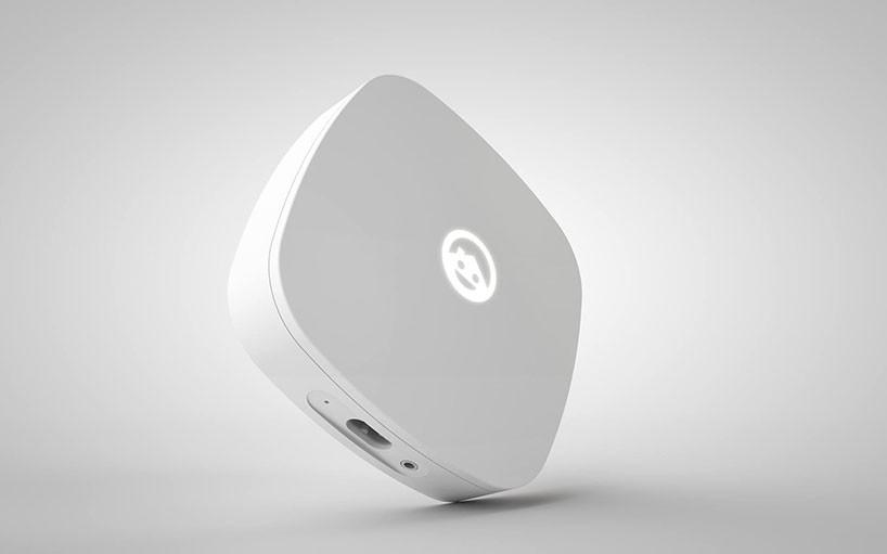 它的工作原理是,家中的每个设备都会通过在保险丝盒的主电源线分支