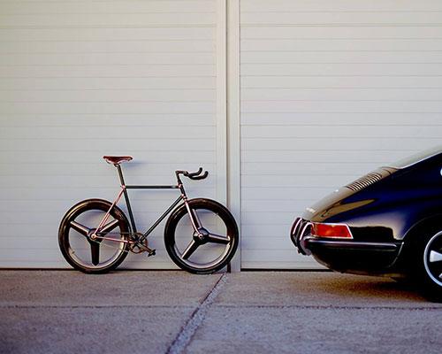 """Dutchmann集合顶级工匠打造可以在室内自行车场骑行的城市通勤车""""vicious cycle"""""""