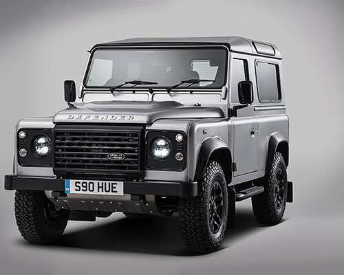 路虎特别打造第200万辆卫士(defender ), 向全球最具标志性的车型致敬