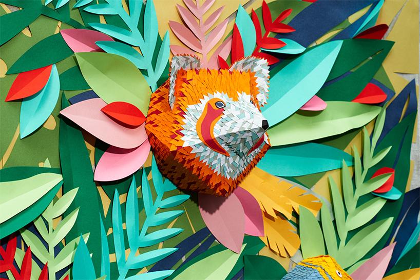 一只美洲豹和三只小鸟,这5个动物模型都由微型纸片拼接制作而成,每个