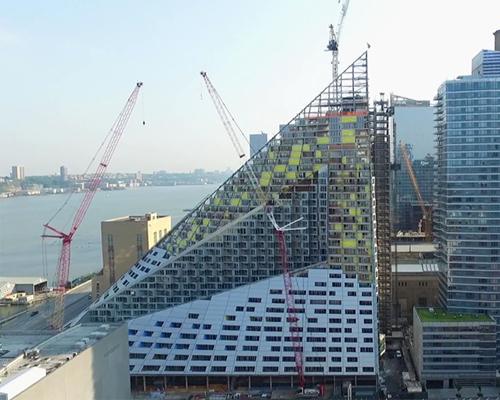 航拍视频展示施工中的big纽约
