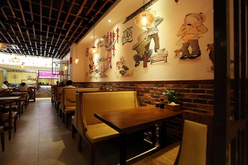 青岛餐厅设计装修案例——秦岛人家