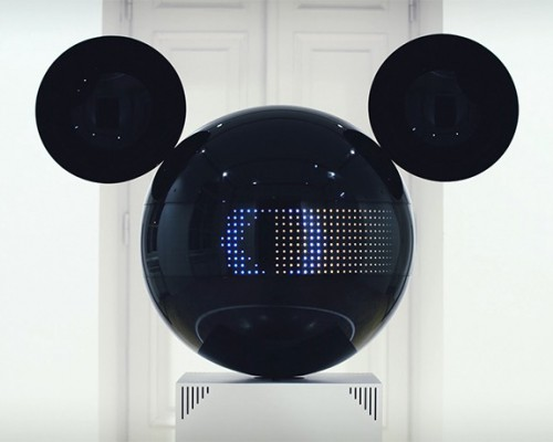 将音乐可视化的米老鼠机器人