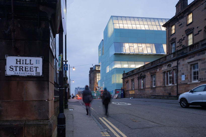 steven-holl-seona-reid-building-glasgow-school-of-art-designboom-02B