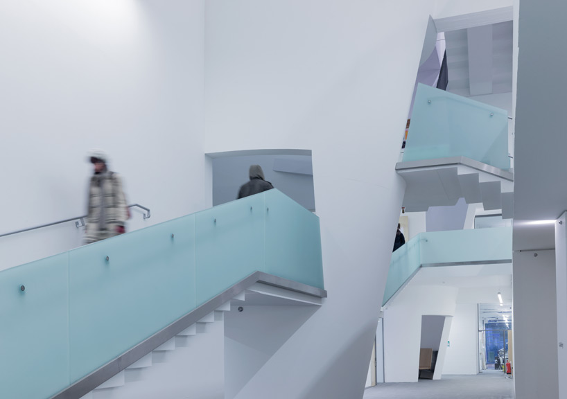 steven-holl-seona-reid-building-glasgow-school-of-art-designboom-04