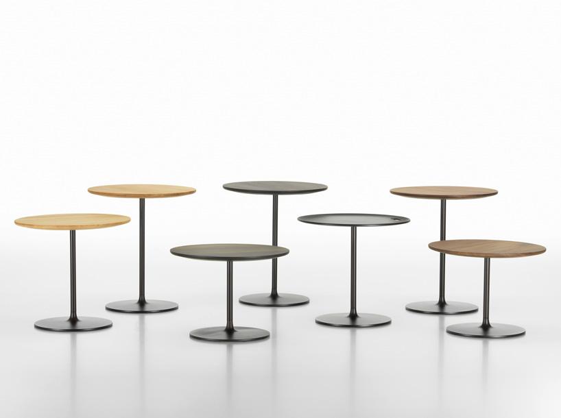 """""""临时矮桌""""设计素雅、由手工精心制作而成,适用于不同的室内环境。这件作品也归属于家具系列,是日常生活不可或缺的产品,而且还适用于和圆形桌面以及圆形桌底相搭配的装饰风格。圆形桌底是由压铸成型的铝板制作而成,具有优雅的线条感和和谐的径向尺寸。也适用于矮低沙发框架——像jasper morrison的""""柔软模块沙发""""。由于这些特色,""""临时矮桌""""在任何居住空间中都具有实际功能,稳固的金属基底有三种不同的高度&mdash"""