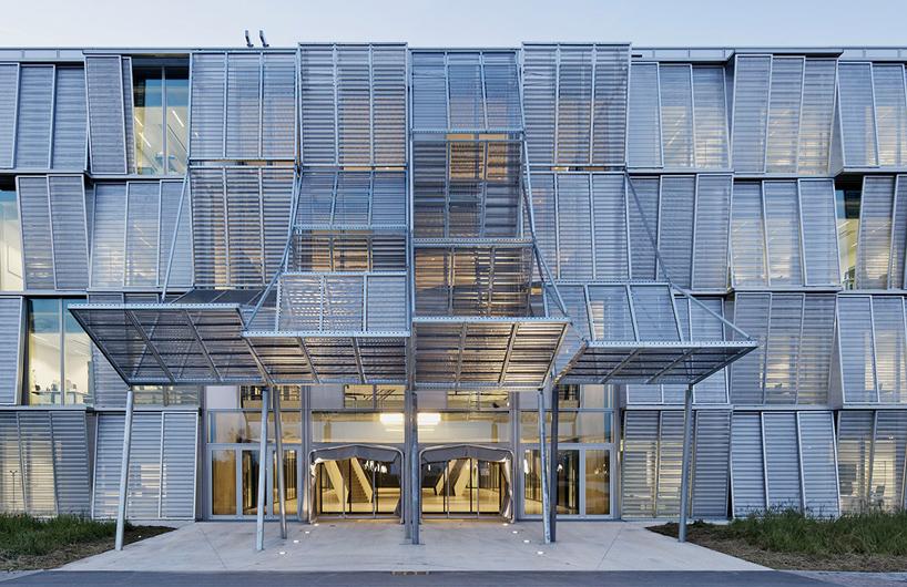 洛桑联邦理工学院的新力学馆——多米尼克·佩罗