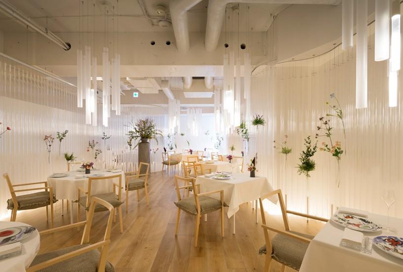 以透明感和花卉为主题的餐厅——隈研吾_设计邦-全球