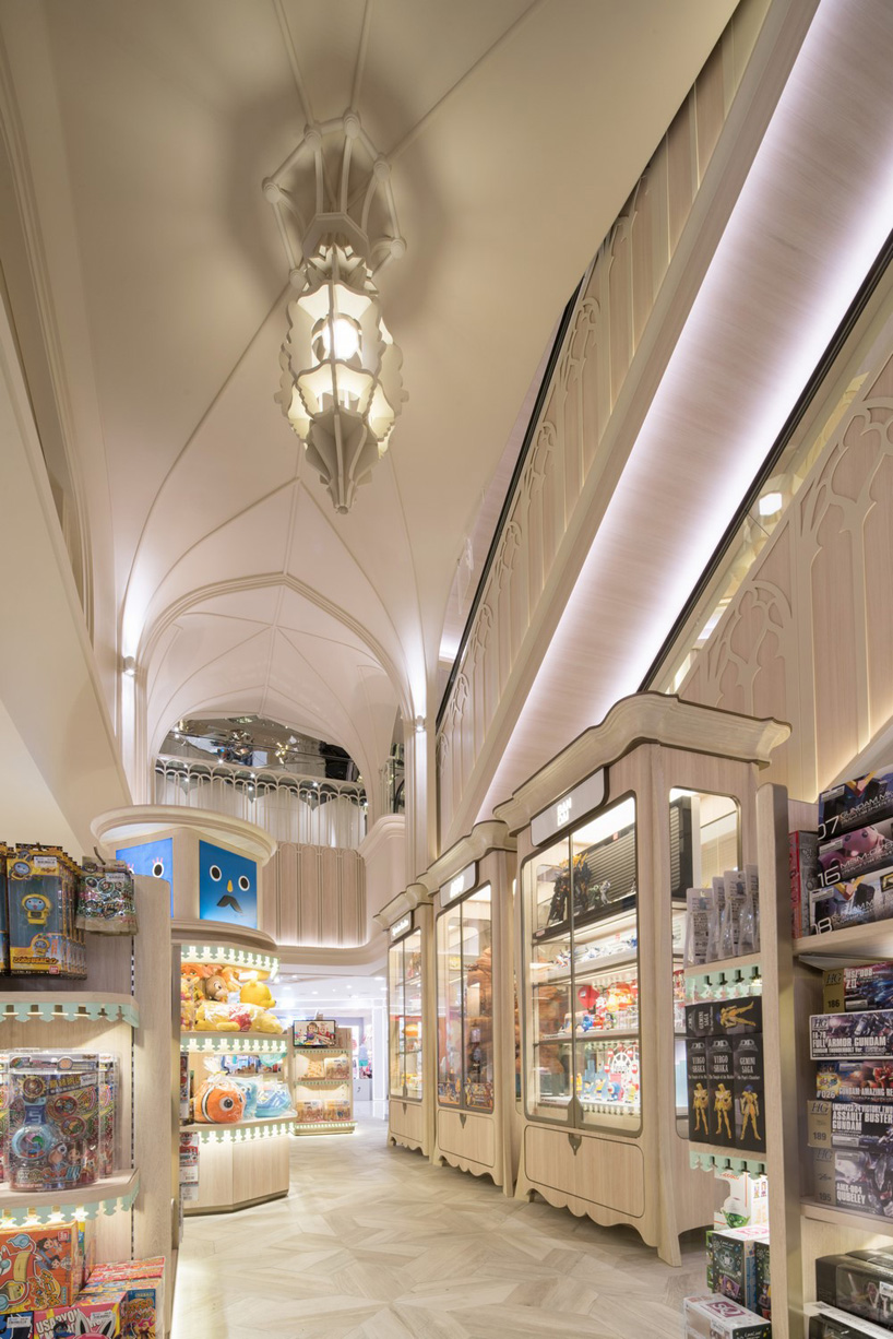 05. SOGO TOY CATHEDRAL by Alexander Wong Architects