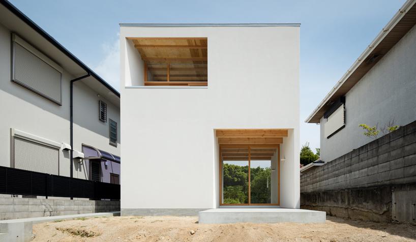 体现日本设计自然极简的御影住宅