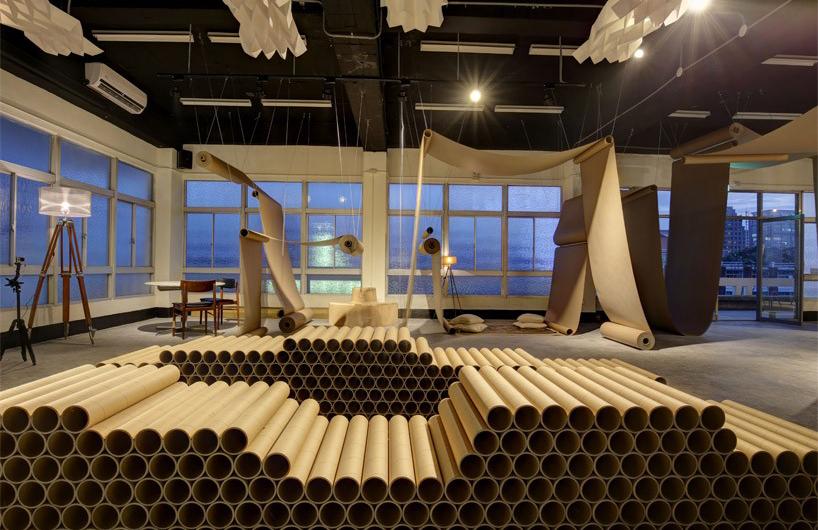 JC建筑在台北用棕色纸卷装饰咖啡馆