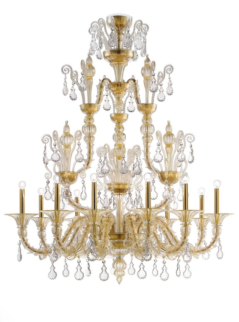 B&T_TAIF_chandelier