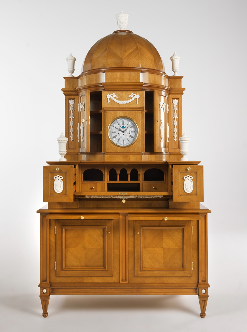 Jumbo Collection_Biedermeier cabinet