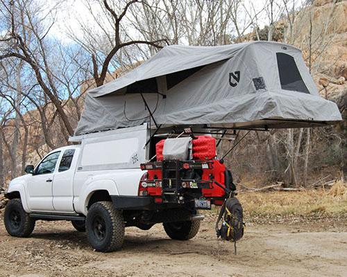 AT overland 专为丰田Tacoma定制车顶悬浮帐篷