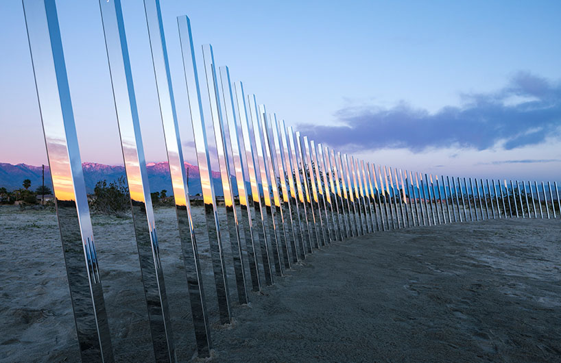 沙漠中的镜子 照出加利福尼亚的美