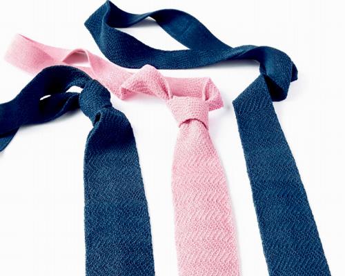 Bolt Threads公司推出首款产品人工合成蜘蛛丝制成的限量版领带