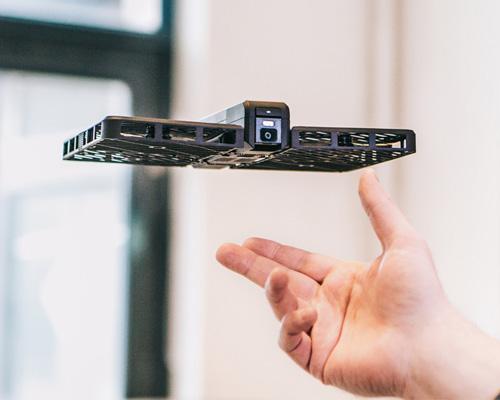 零零无限发布安全便携可折叠的跟拍无人机Hover Camera Passport