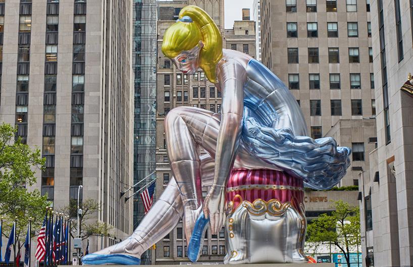 维纳斯女神降临纽约洛克菲勒中心