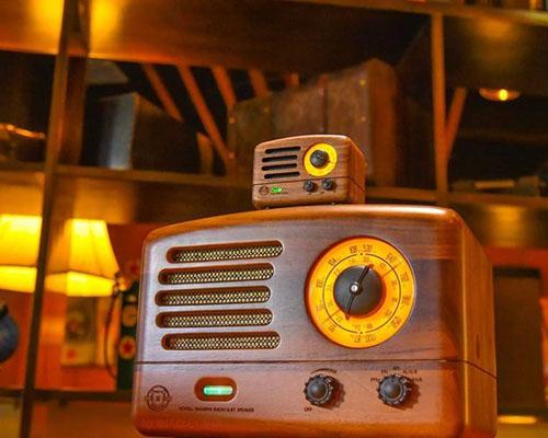 猫王收音机x洛客平台,为设计师探索新未来