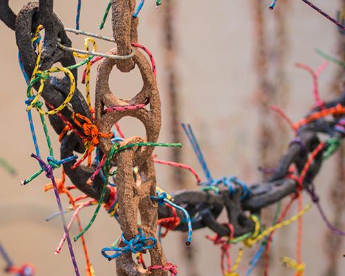 西班牙米罗博物馆里的海底锚链装置
