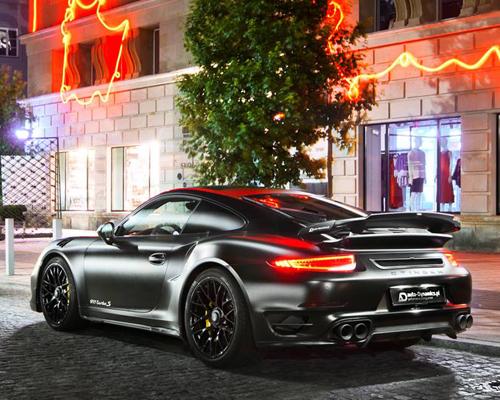 保时捷推出极具黑暗骑士风范的911 Turbo S